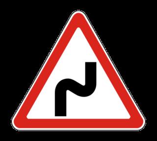 Знак 1.12.1 Опасные повороты